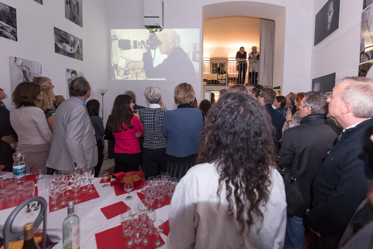 Opening 2.0 | Fotostudio Medwed People steht für den Relaunch des Fotostudios in 1090 Wien und wurde mit einer Vernissage gefeiert.